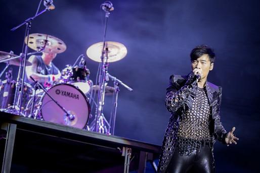 香港粤语流行曲歌手许志安驾临澳门威尼斯人