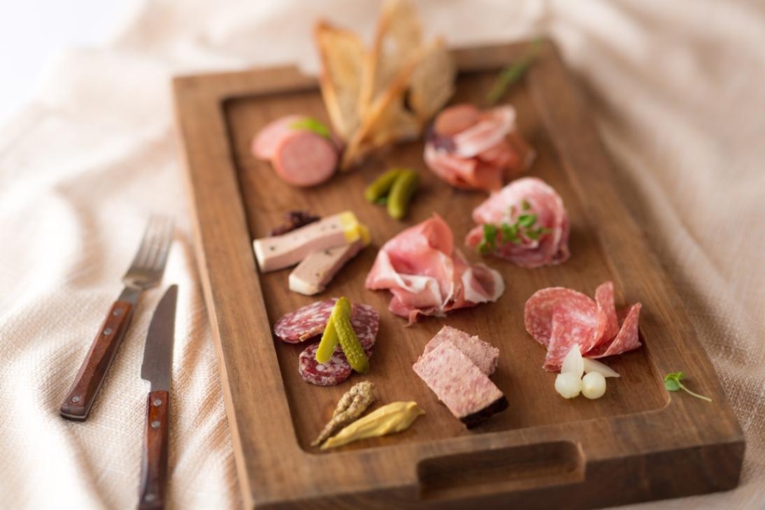 巴萨利–  法式冻肉拼盘