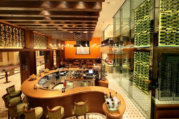 Spirito Lounge Interior