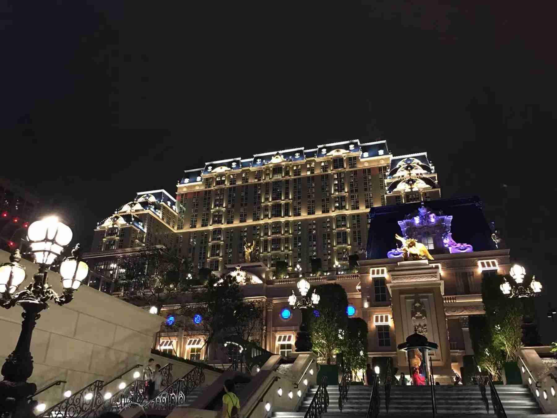 澳门巴黎人酒店外观