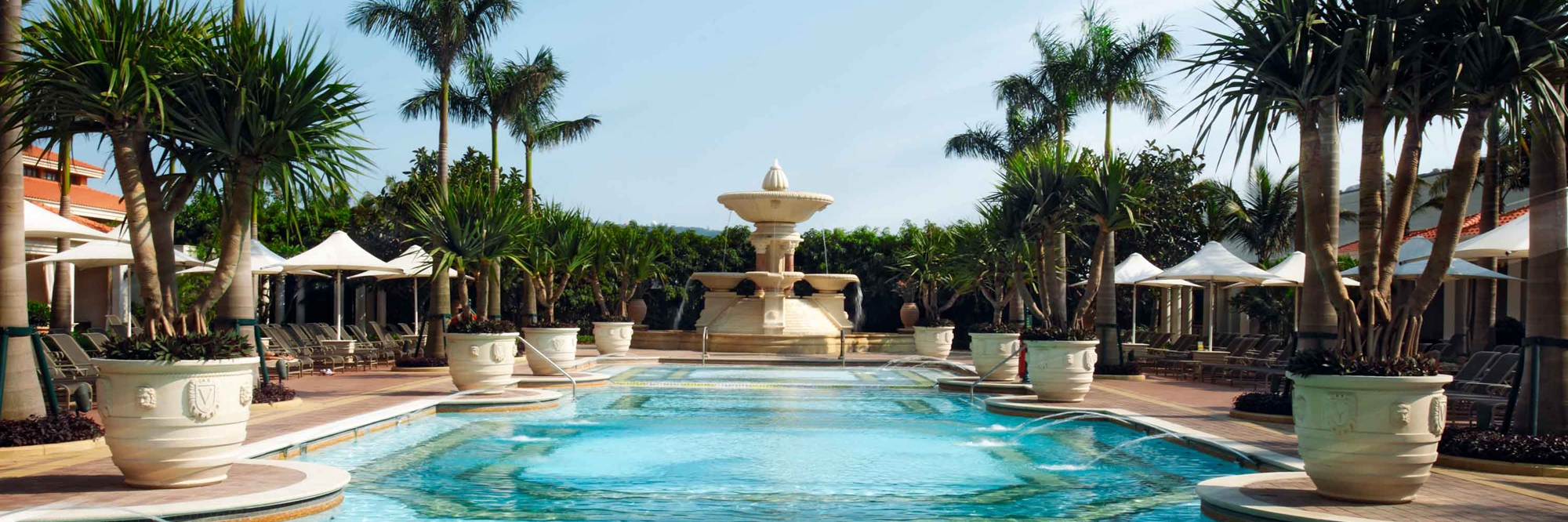 Macau Venetian pool