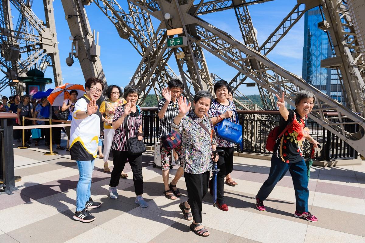 「梦幻巴黎」歌舞表演 - 金沙中国