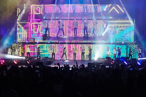 《SUPER JUNIOR WORLD TOUR 'SUPER SHOW 7' IN MACAO》- 澳门威尼斯人金光综艺馆