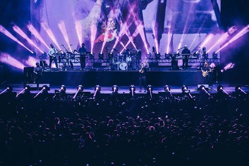 魔力红Maroon 5 舞台照